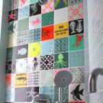Mur en carreaux ciment à motifs