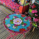 Une table très colorée