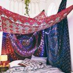 Votre chambre bohémienne avec des toiles à motifs