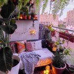 Balcon avec petit canapé